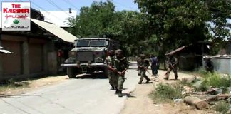 Locals clash with police after two rebels die in Pulwama gunfight