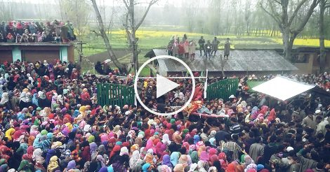 Thousands participate in slain rebel's funeral in Pulwama