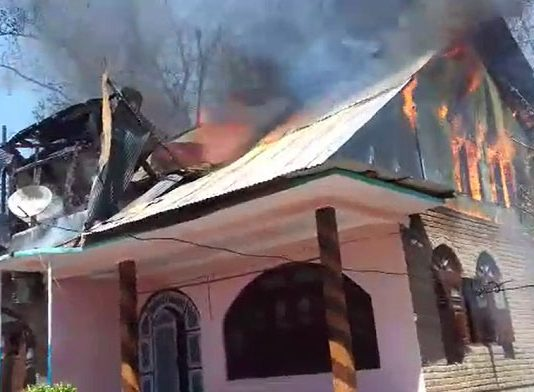 Residential house gutted in flames in Shopian
