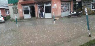 Hailstorm hits South Kashmir's Shopian