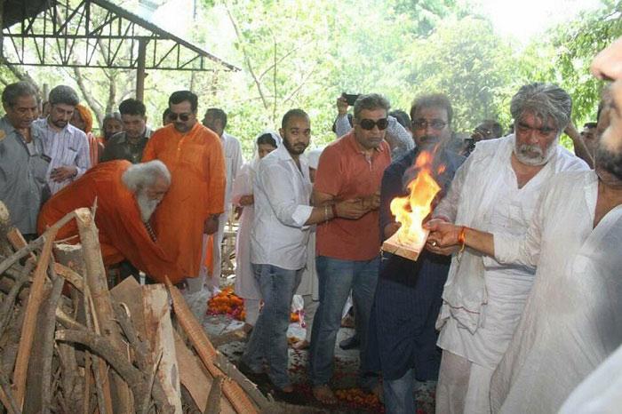 Sunil Ji performed the last rites of Guru Chandra Swami Ji in Delhi