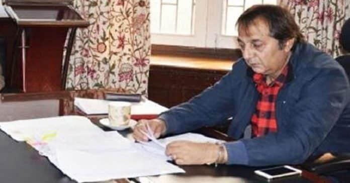 Divisional Commissioner Kashmir, Baseer Ahmad Khan
