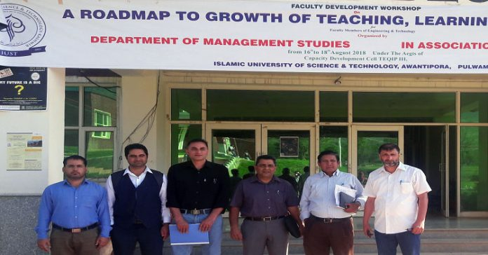 IUST organizes 3-day faculty development workshop
