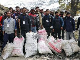 Trek-Cum-Cleanliness Drive organized in Pahalgam
