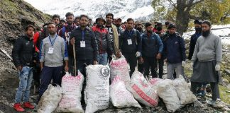 Trek-Cum-Cleanliness Drive organized in Pahalgam